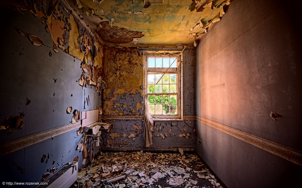2014.06.01 - Little Plumstead Abandoned Hospital - HDR-01