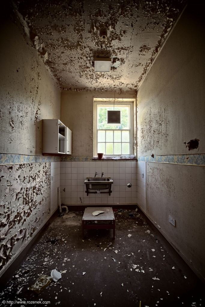 2014.06.01 - Little Plumstead Abandoned Hospital - HDR-09