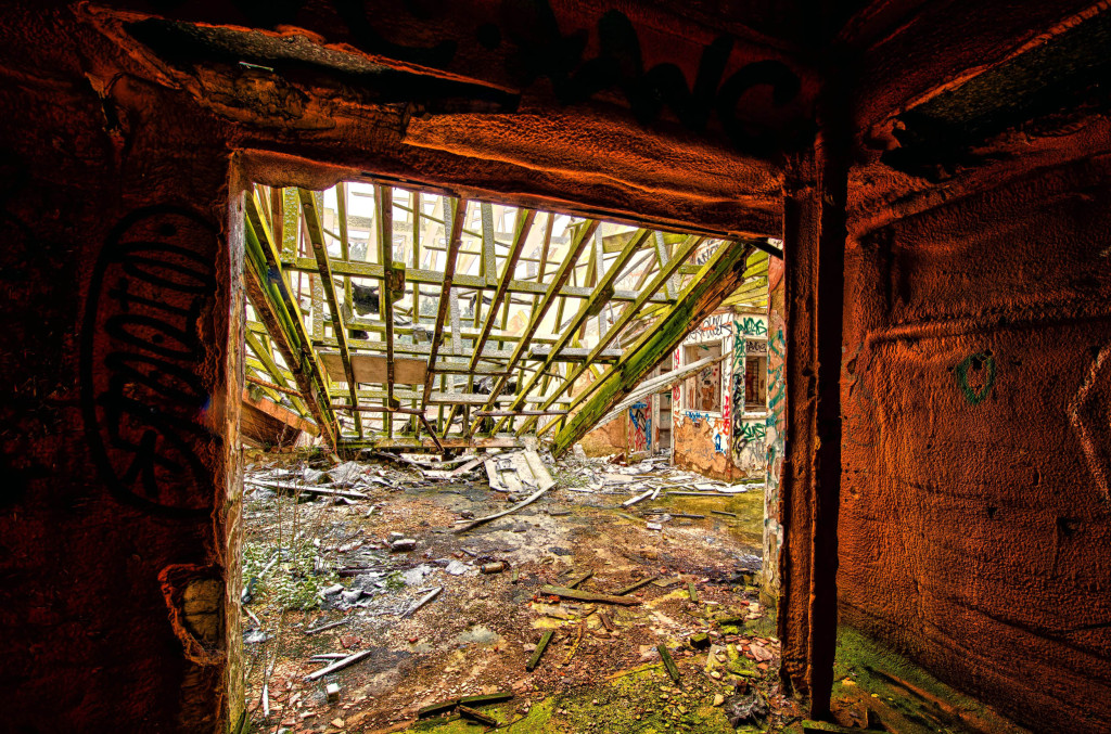2013.03.23 - Abandoned Farm in Norwich - HDR-13