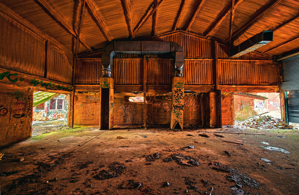 2013.03.23 - Abandoned Farm in Norwich - HDR-18