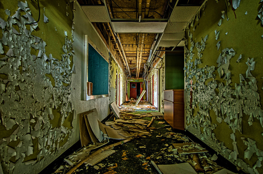 2013.05.28 - Peterborough Abandoned Hospital - HDR-03