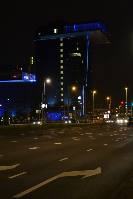 rotterdam-at-night-11