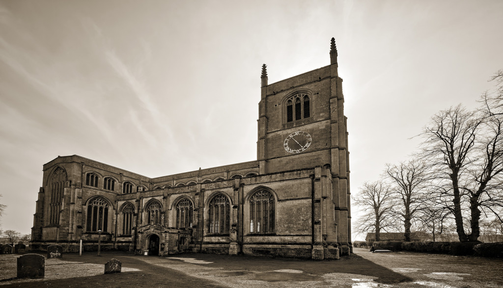 2014.03.29 - Holy Trinity Collegiate Church in Tattershall - HDR-04