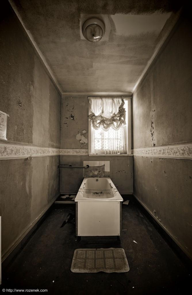 2014.06.01 - Little Plumstead Abandoned Hospital - HDR-02