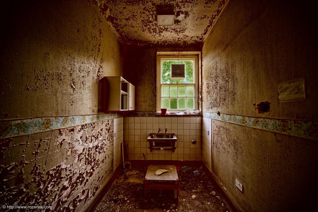 2014.06.01 - Little Plumstead Abandoned Hospital - HDR-08