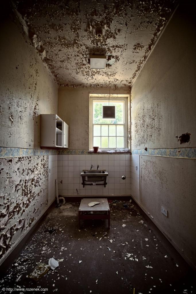 2014.06.01 - Little Plumstead Abandoned Hospital - HDR-09