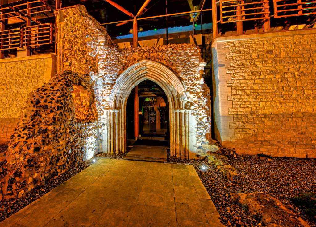 2013.02.09 - Norwich at Night - hdr-03