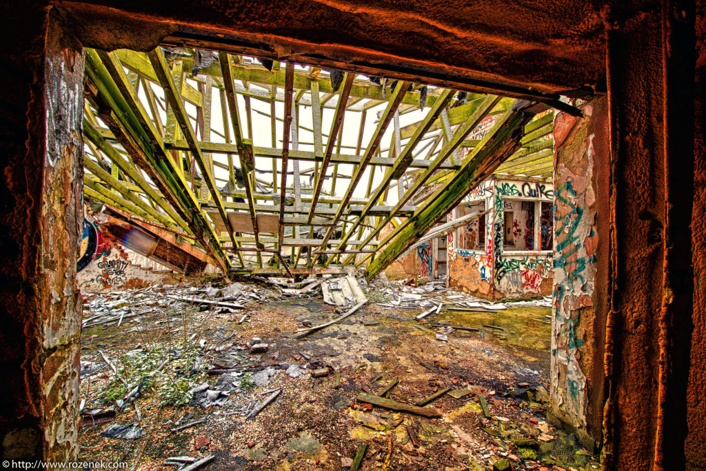 2013.03.23 - Abandoned Farm in Norwich - HDR-12