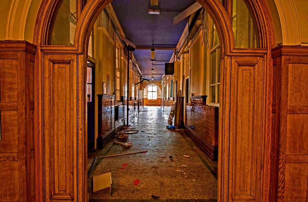 2013.04.02 - Abandoned Music School - Urbex - HDR-65
