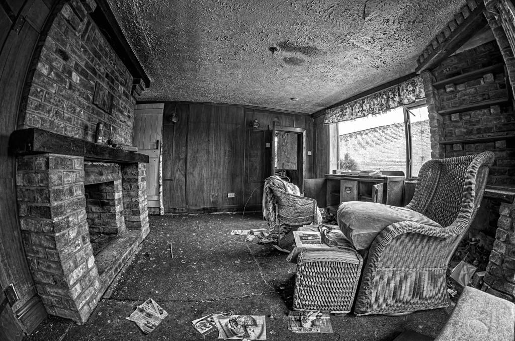 2013.05.28 - Abandoned Farm - HDR-10