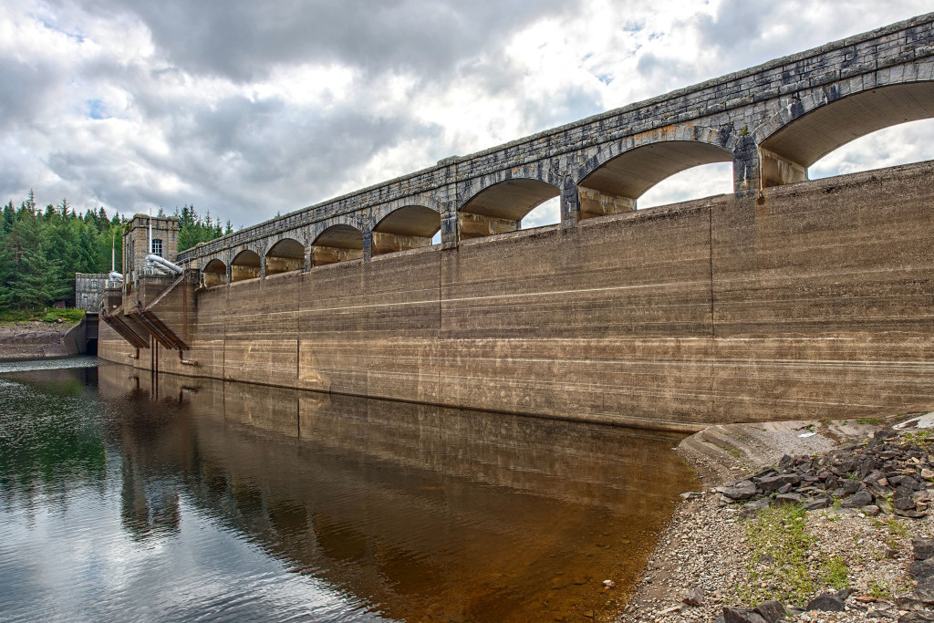 2013.08.28 - Loch Laggan Dam-01