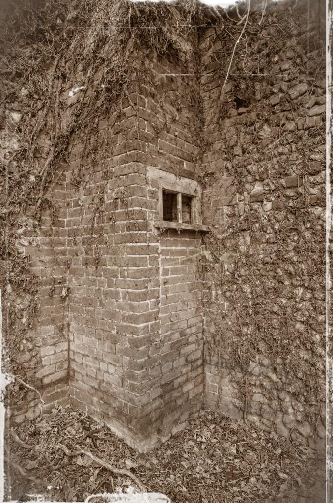 Thursford Castle - 25_6_7_HDR