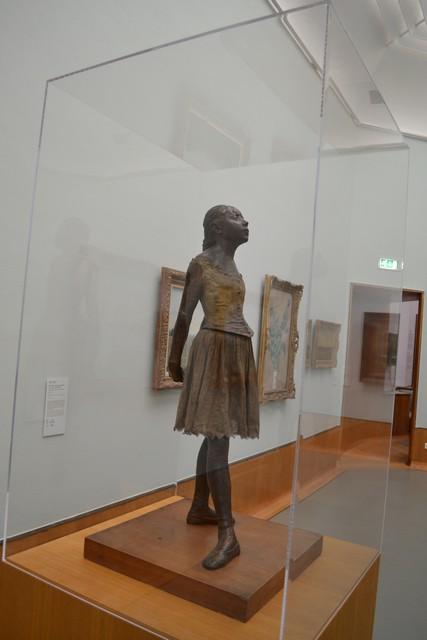 museum-in-rotterdam-15