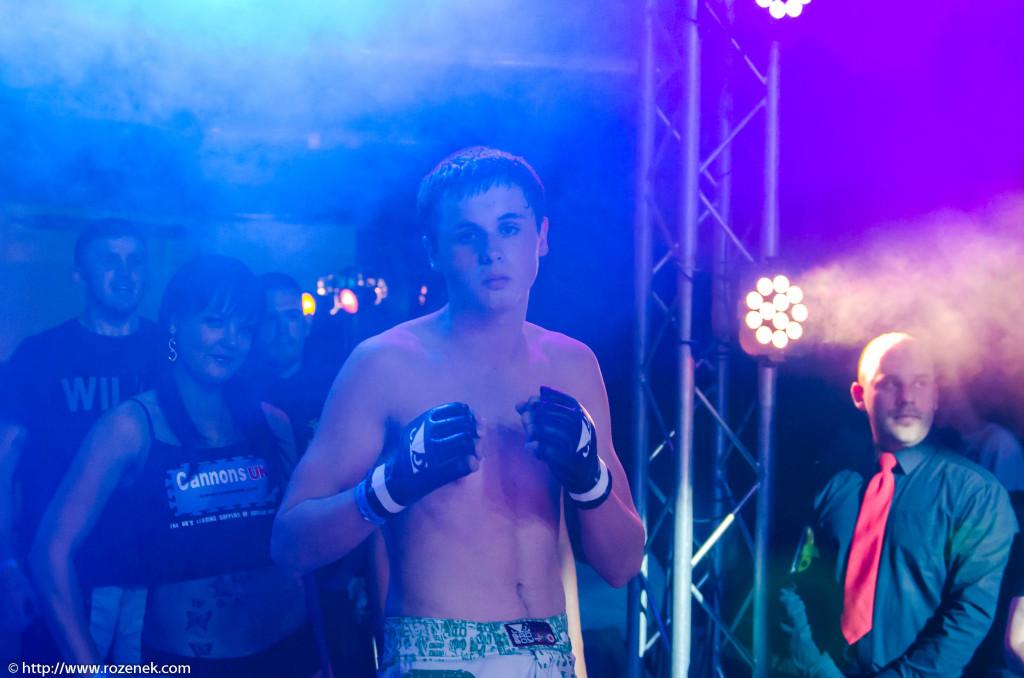 2013.06.15 - MMA Norwich - Fight 07 - 01