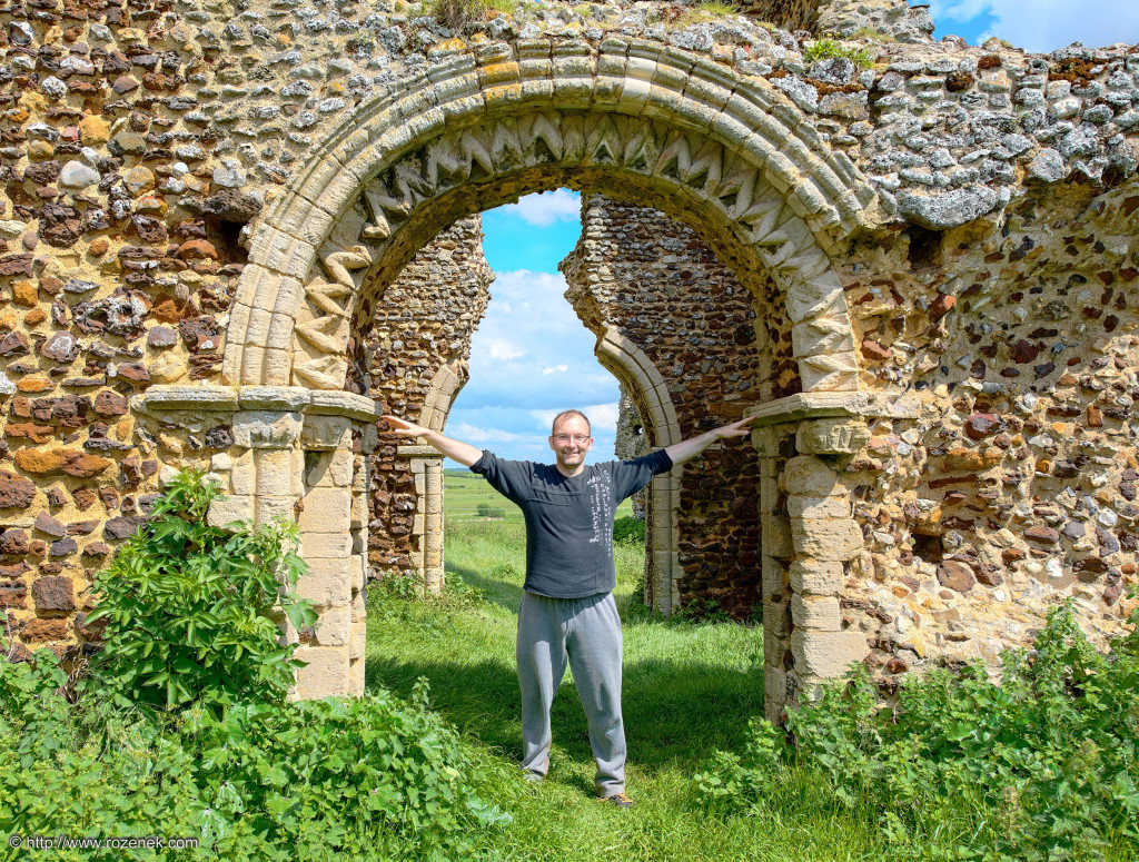2014.05.25 - Bawsey Old Church HDR-12