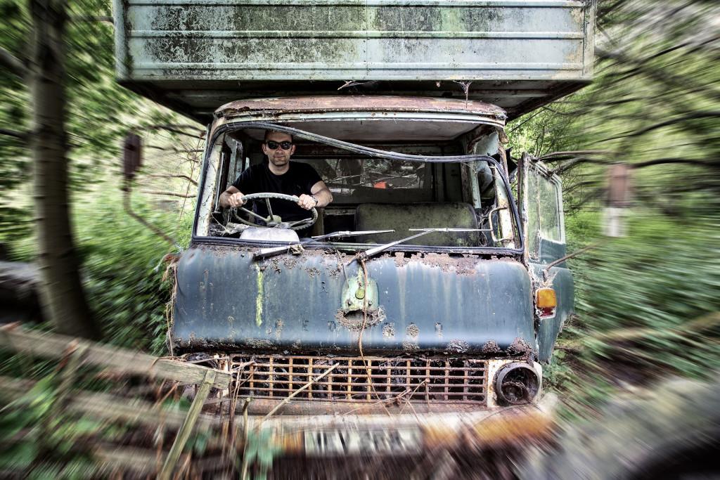 2014.07.26 - Car Graveyard in Hevingham - HDR-12