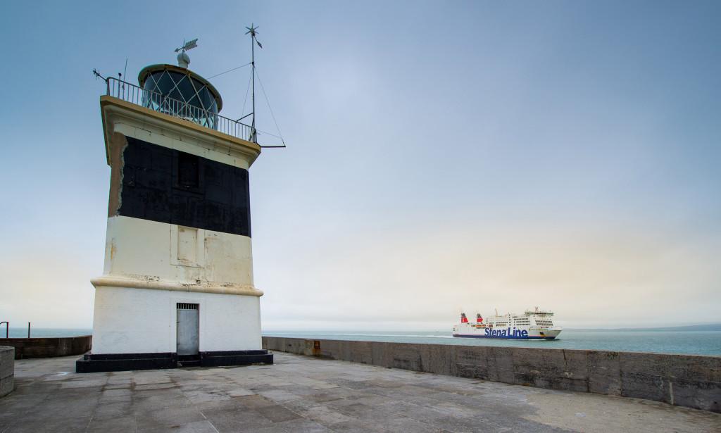 Holyhead Breakwater Lighthouse - 01